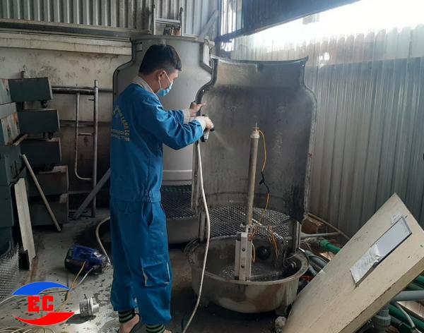 Dịch vụ Sửa chữa máy Chiller của Điện Lạnh EC cam kết đến chất lượng và uy tín